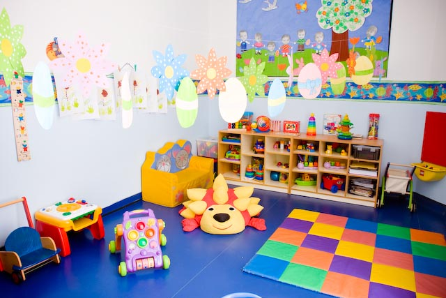 CRECHE CONTRATA IMEDIATO: Auxiliar de Sala para Educação Infantil Salário: R$ 1.250,00 +Benefícios – OBS..: Não é necessário experiência
